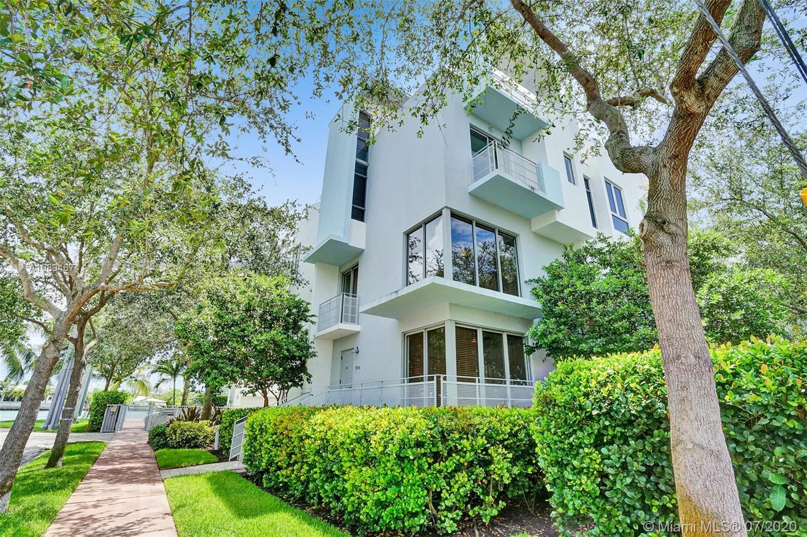 193 N Shore Dr #193-6 For Sale A10894674, FL