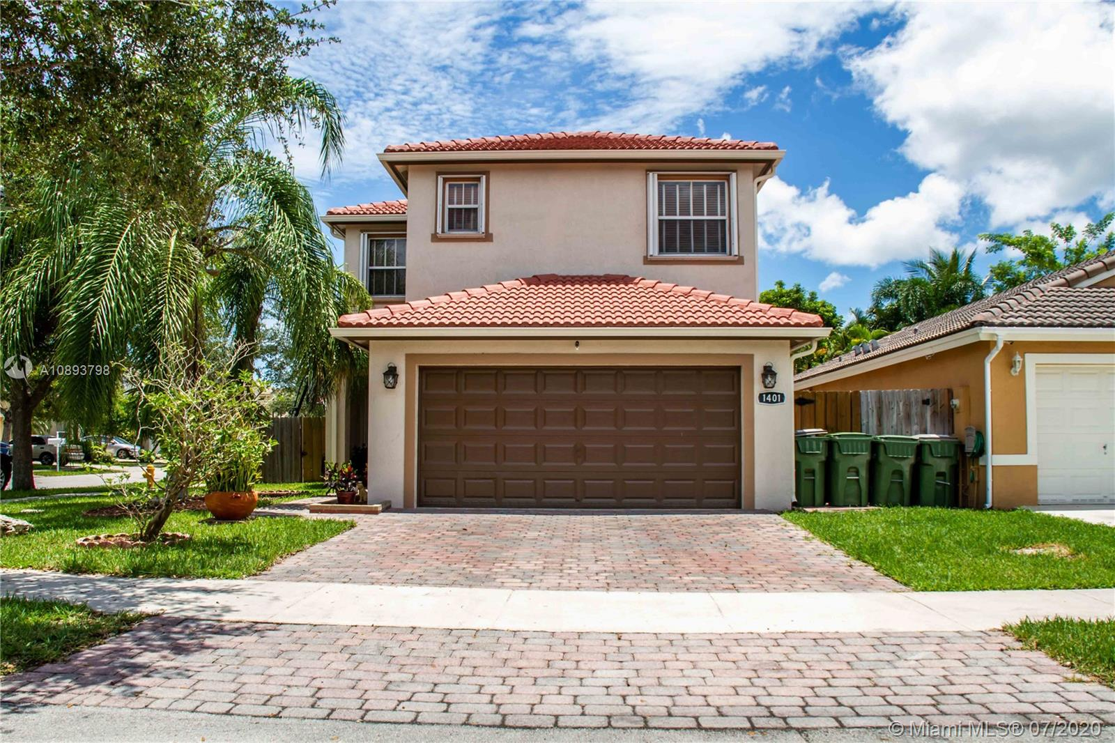 1401 SE 18th Ter  For Sale A10893798, FL