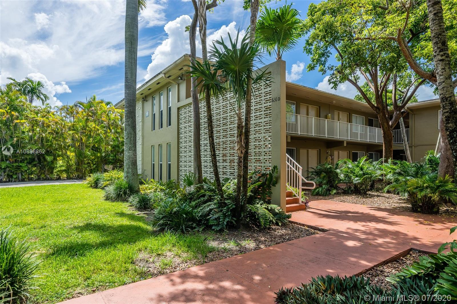 6310 SW 79th St #1 For Sale A10896862, FL