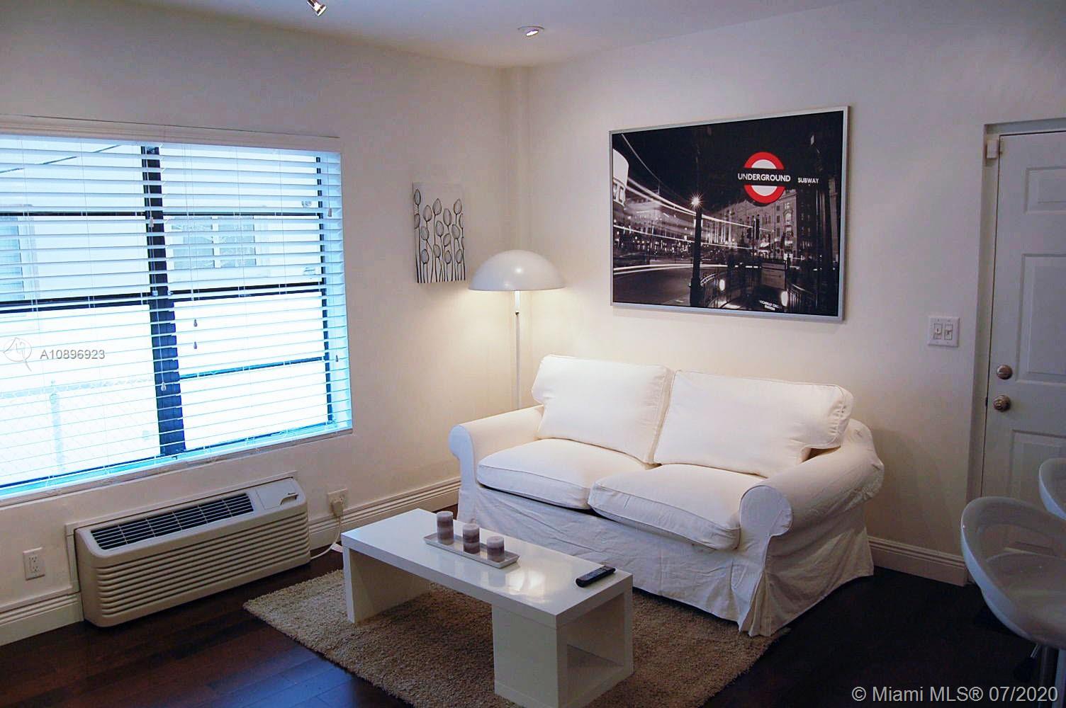 934  Michigan Ave #105 For Sale A10896923, FL