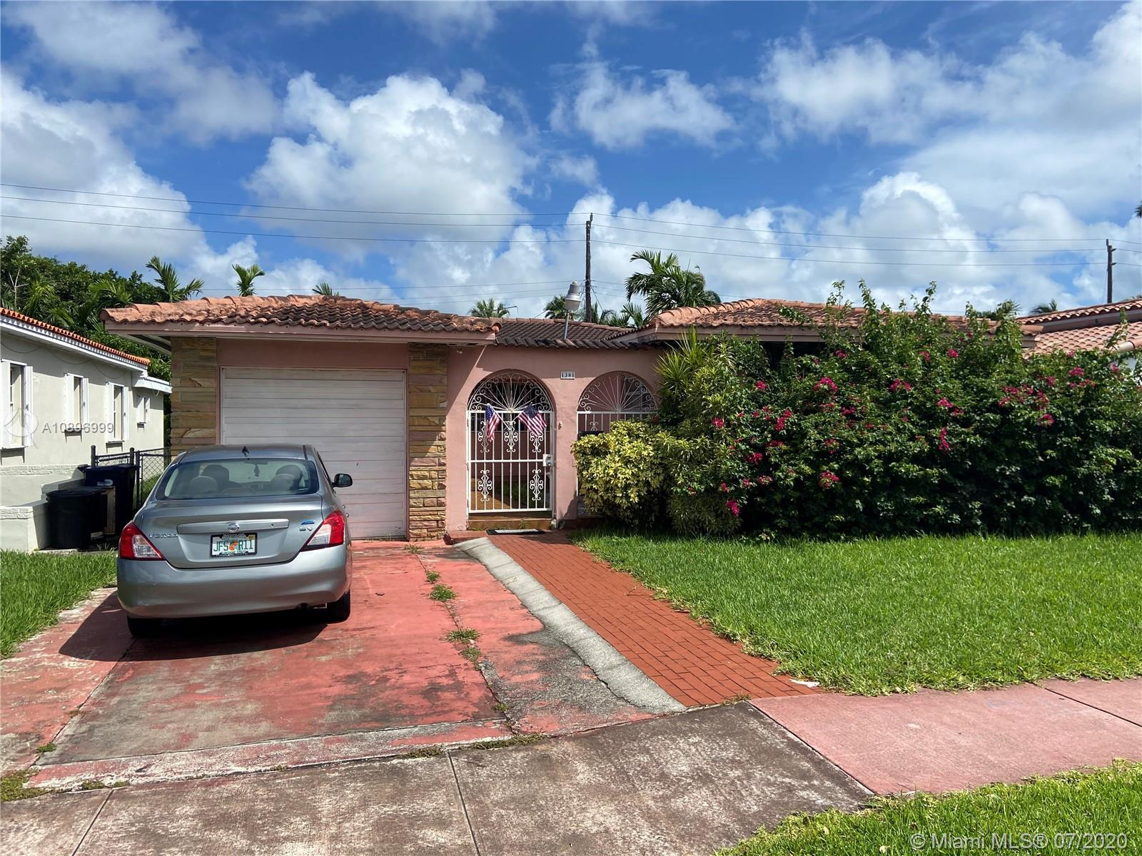 1381  Normandy Dr  For Sale A10896999, FL
