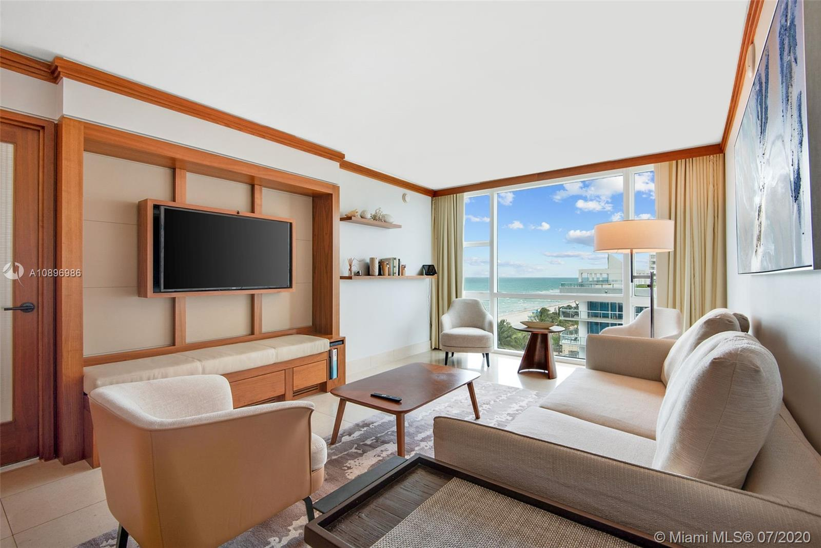 6801  Collins Ave #716 For Sale A10896986, FL