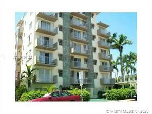 1820  James Ave #5B For Sale A10898944, FL