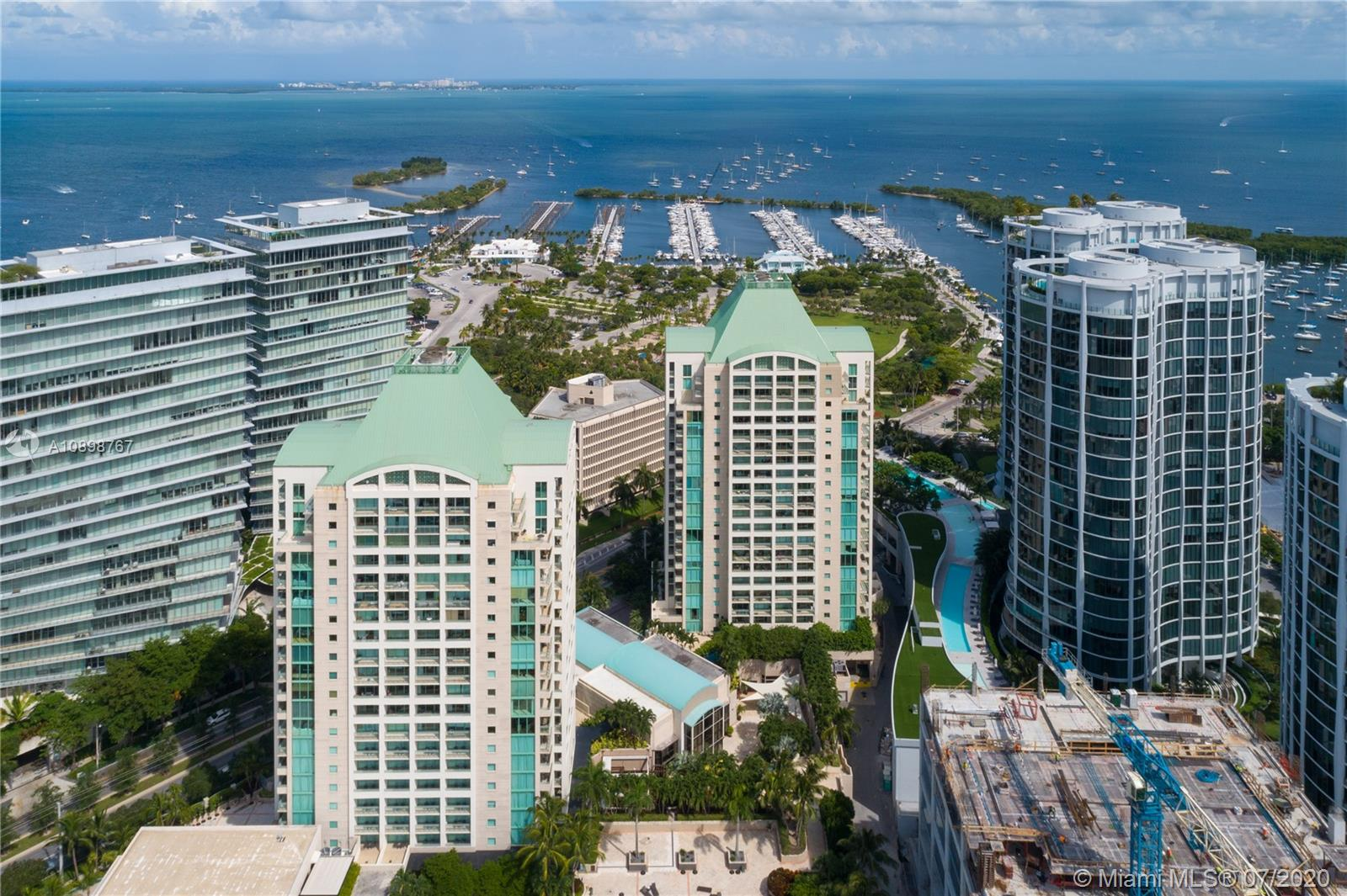 3400 SW 27th Ave #304 For Sale A10898767, FL