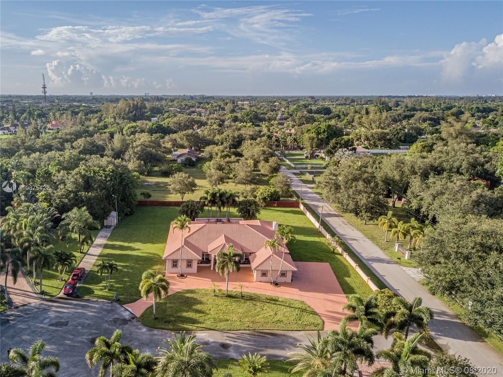 5303 SW 111th Ter  For Sale A10875422, FL