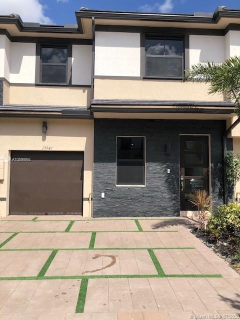 15941 NW 91st Ct  For Sale A10899594, FL