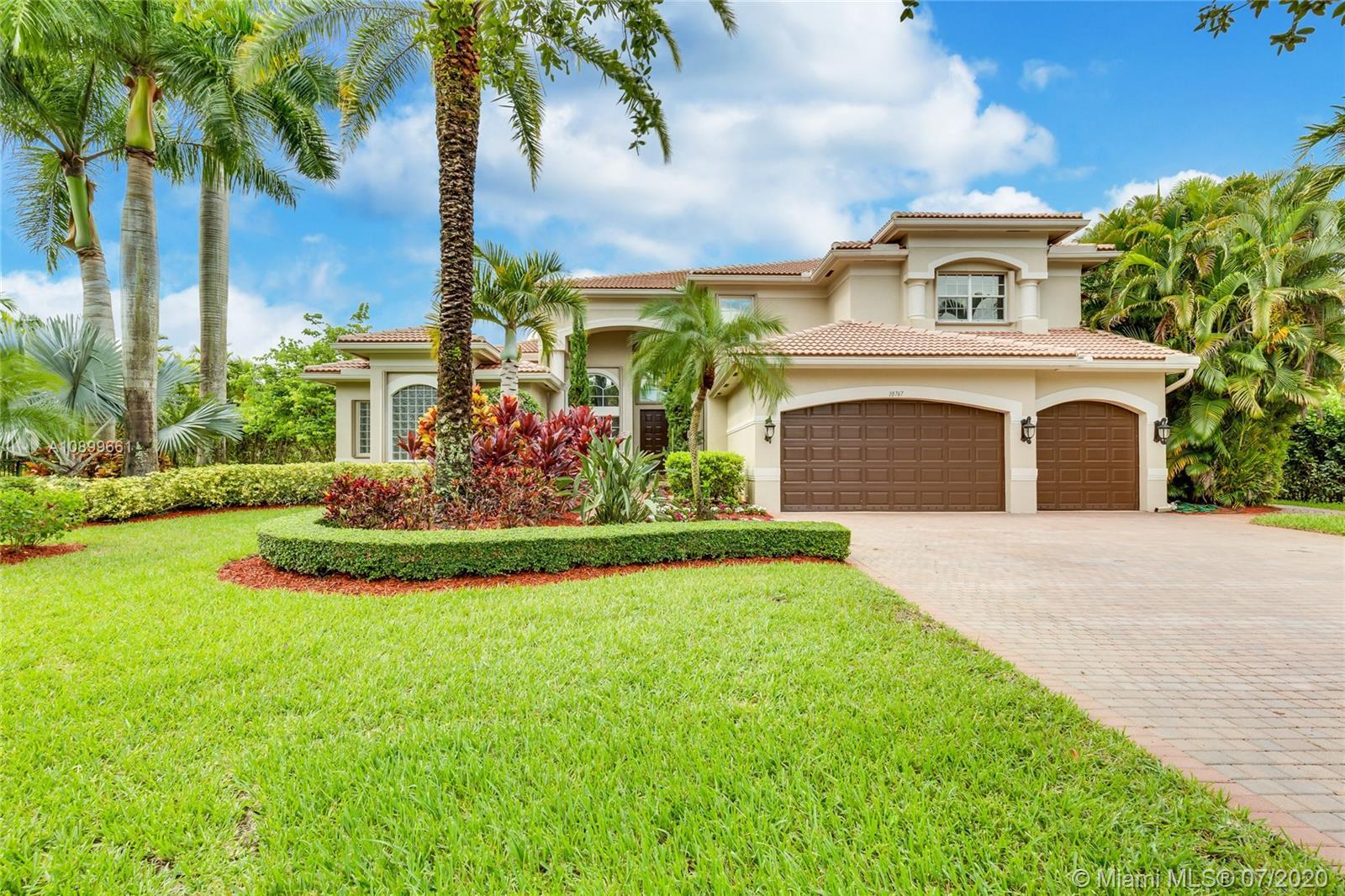 10767  Garden Ridge Ct  For Sale A10899661, FL