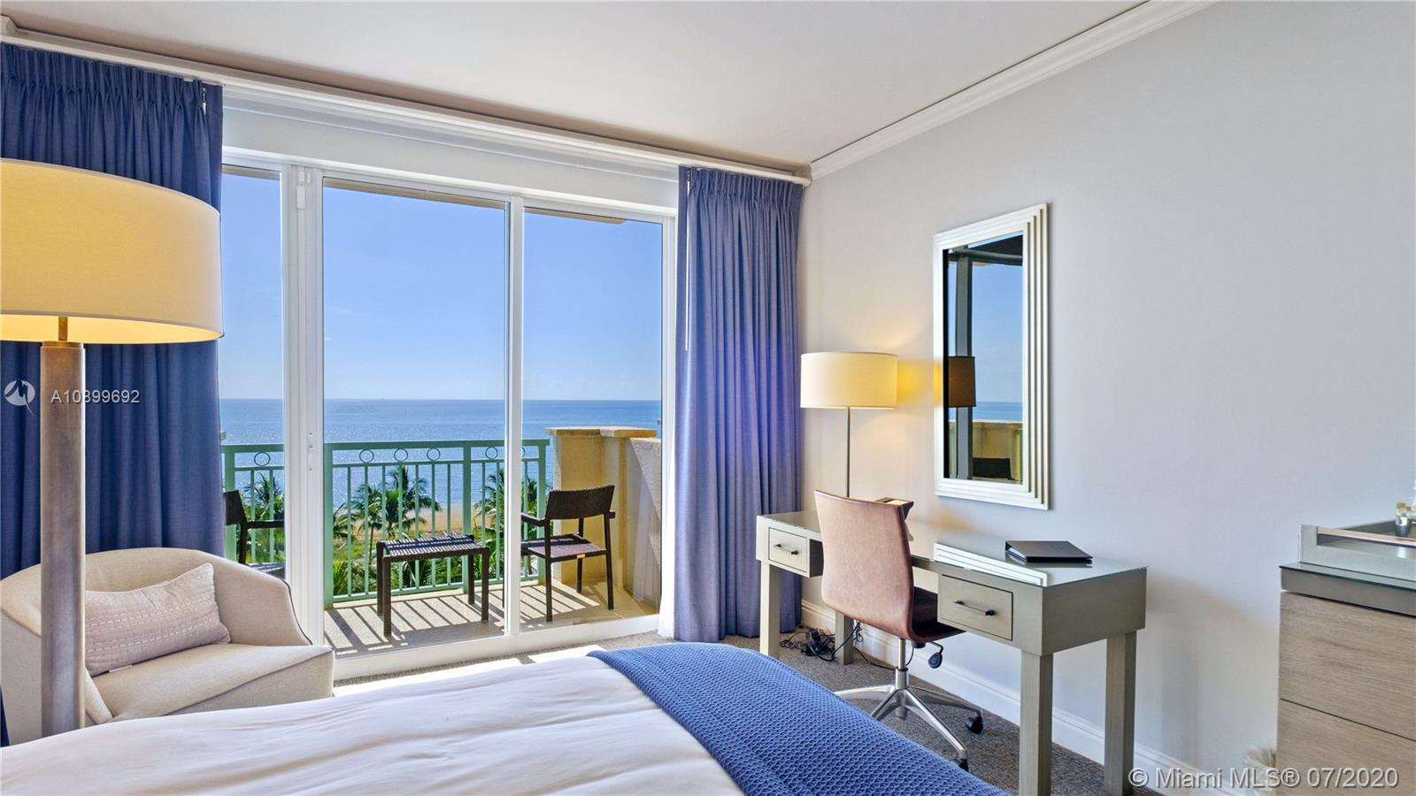 Take advantage of this great opportunity to rent an OCEAN FRONT STUDIO AT THE RITZ-CARLTON HOTEL in Key Biscayne. This unit has been renovated and is fully furnished with high end finishes. Enjoy your vacation in this luxurious condo hotel residence while having access to all of the hotel amenities.