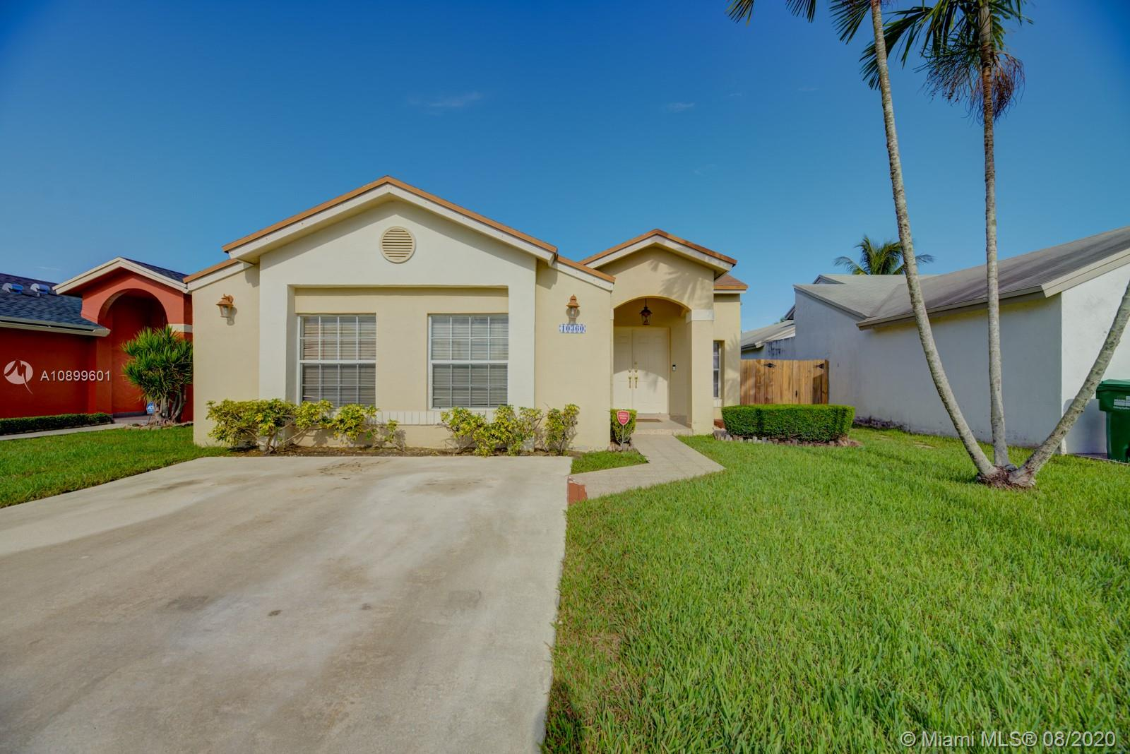 10360 SW 143rd Pl  For Sale A10899601, FL