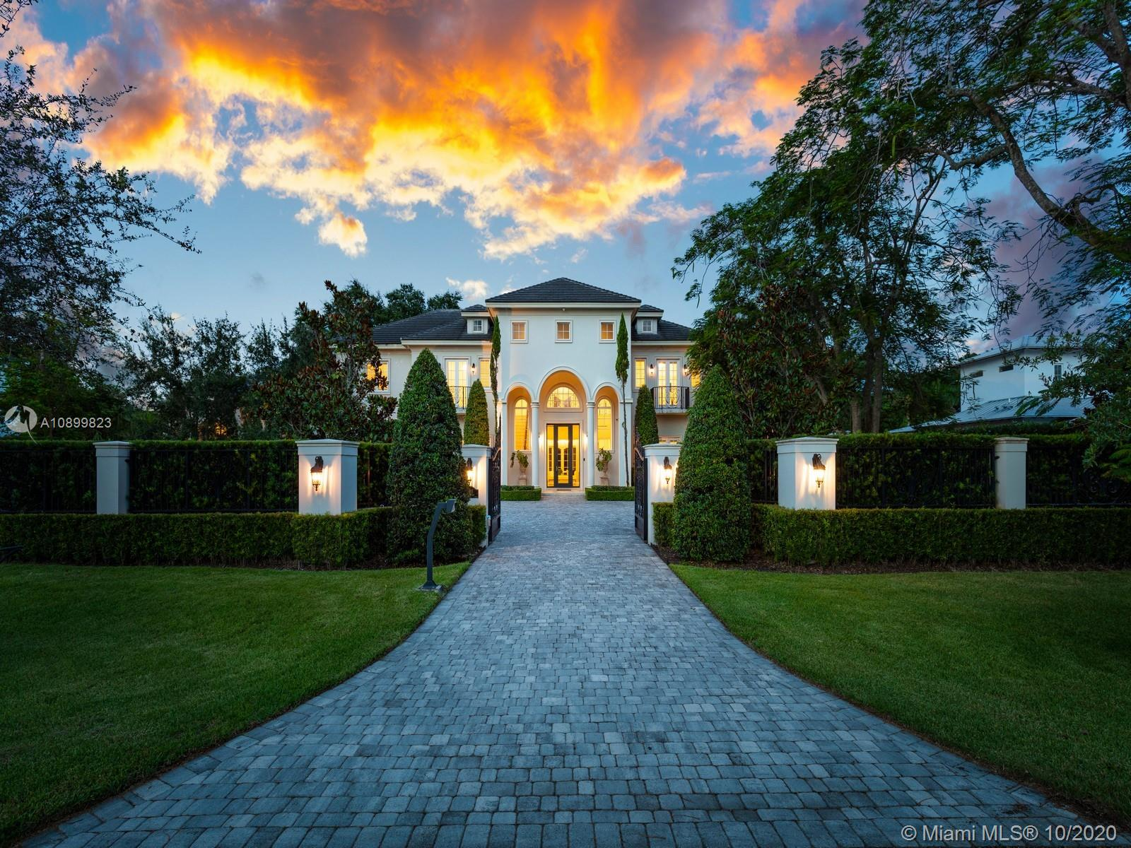 10915 SW 62nd Ave  For Sale A10899823, FL