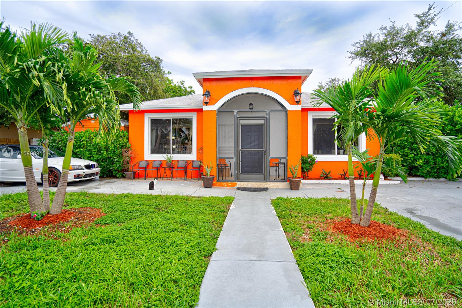 14725 NW 10th Ct  For Sale A10899810, FL