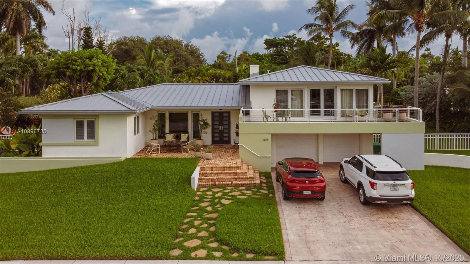 1233 NE 89th St  For Sale A10896725, FL