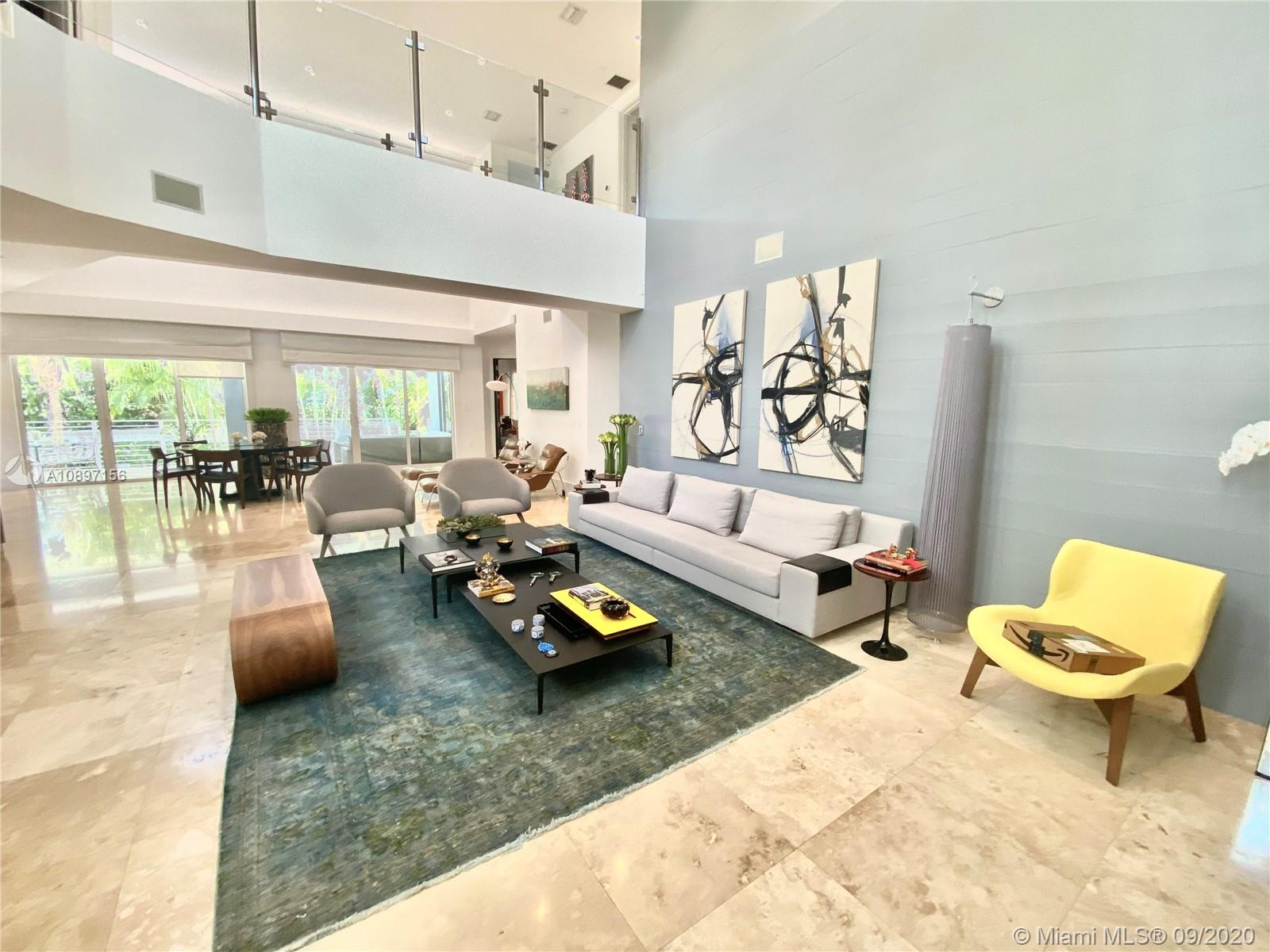 618  Curtiswood Dr  For Sale A10897156, FL