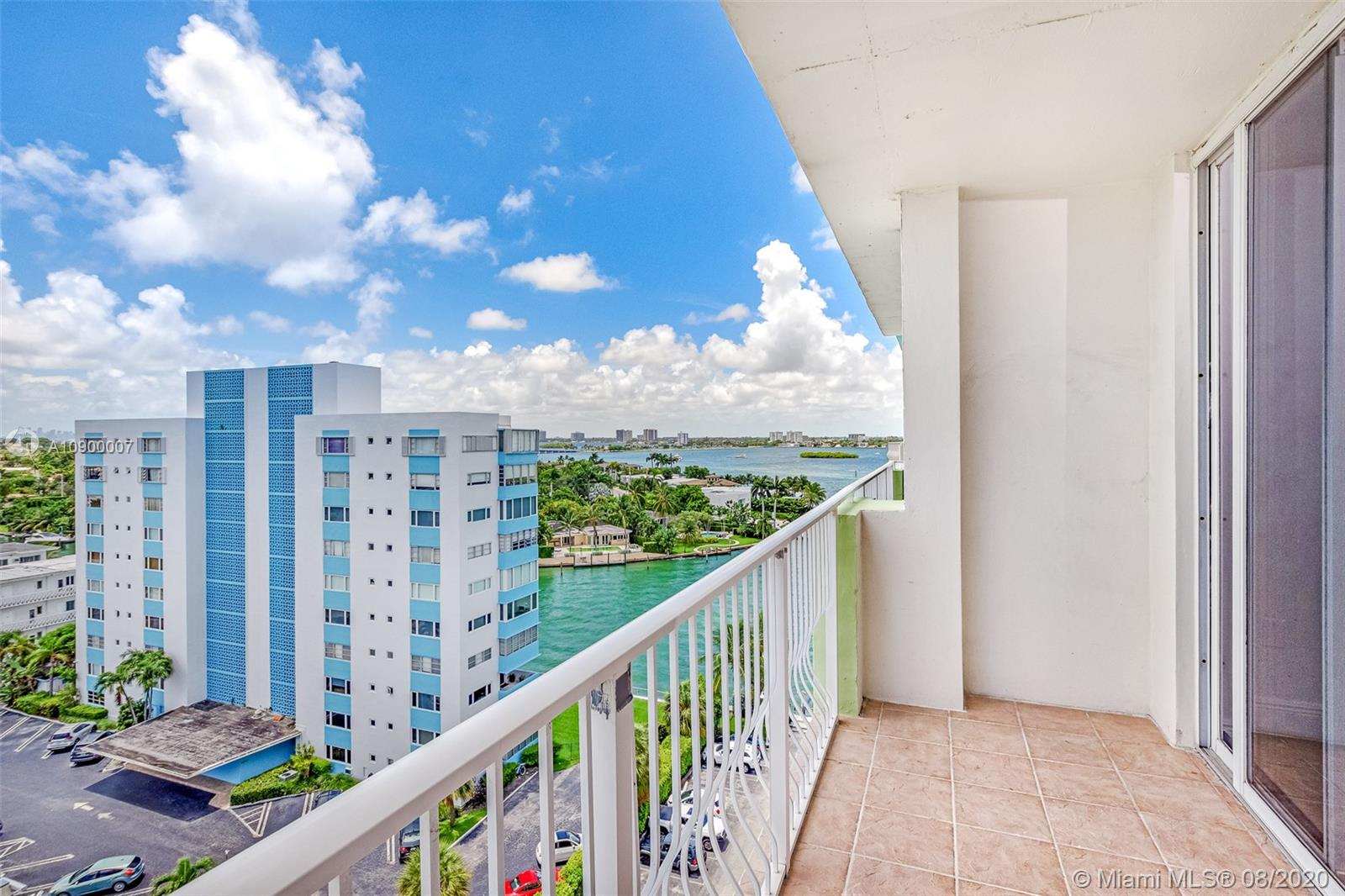 10350 W Bay Harbor Dr #10K For Sale A10900007, FL