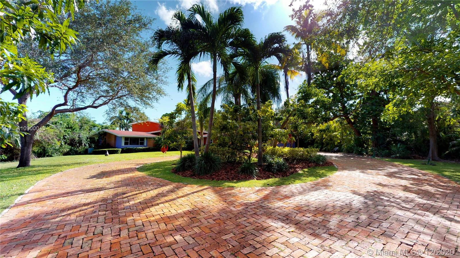 6000 SW 120th St  For Sale A10900043, FL