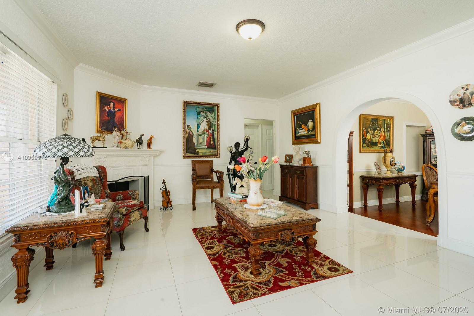 2140 SW 19th Ter  For Sale A10900176, FL