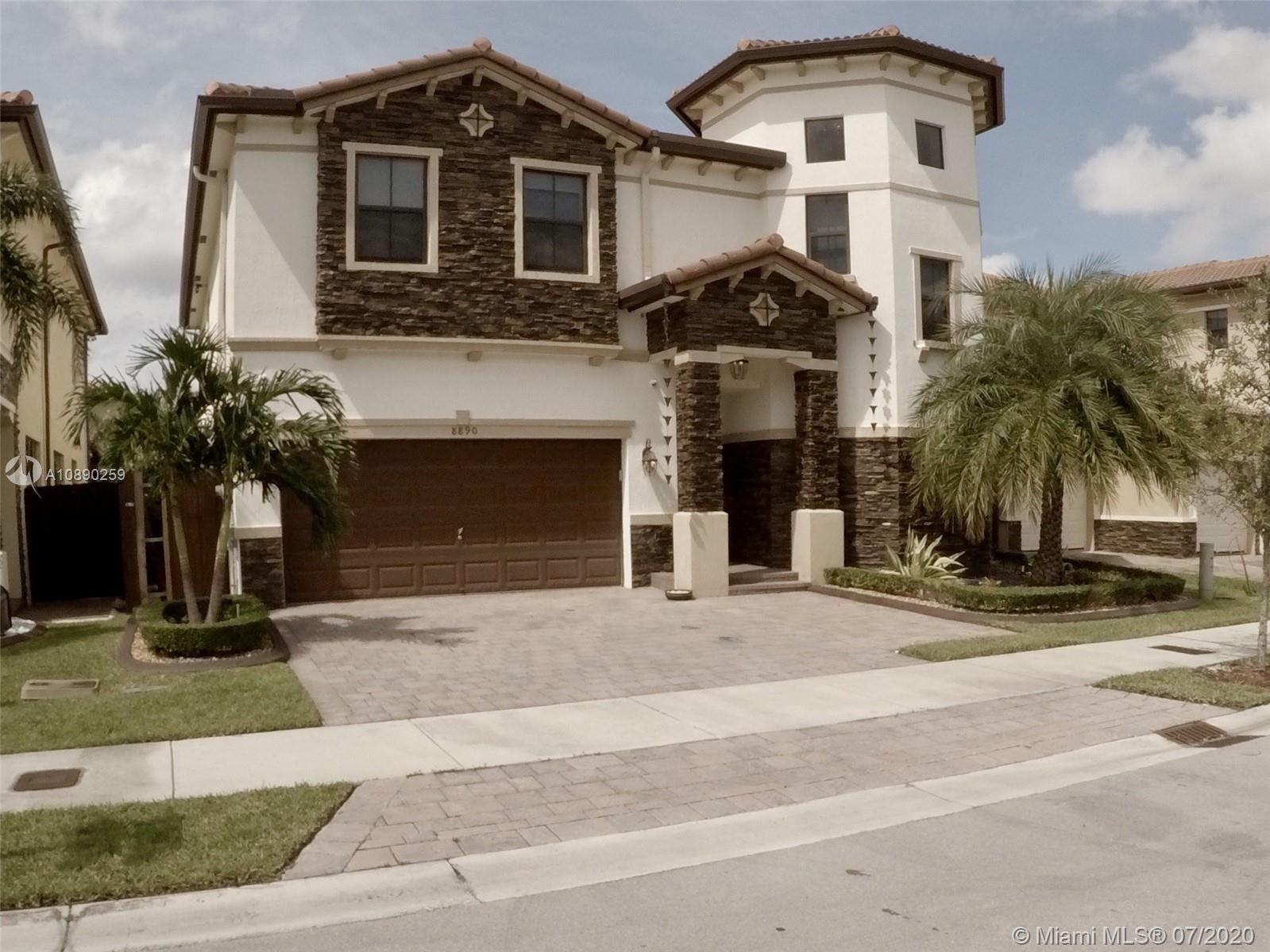8890 NW 99th Ave  For Sale A10890259, FL