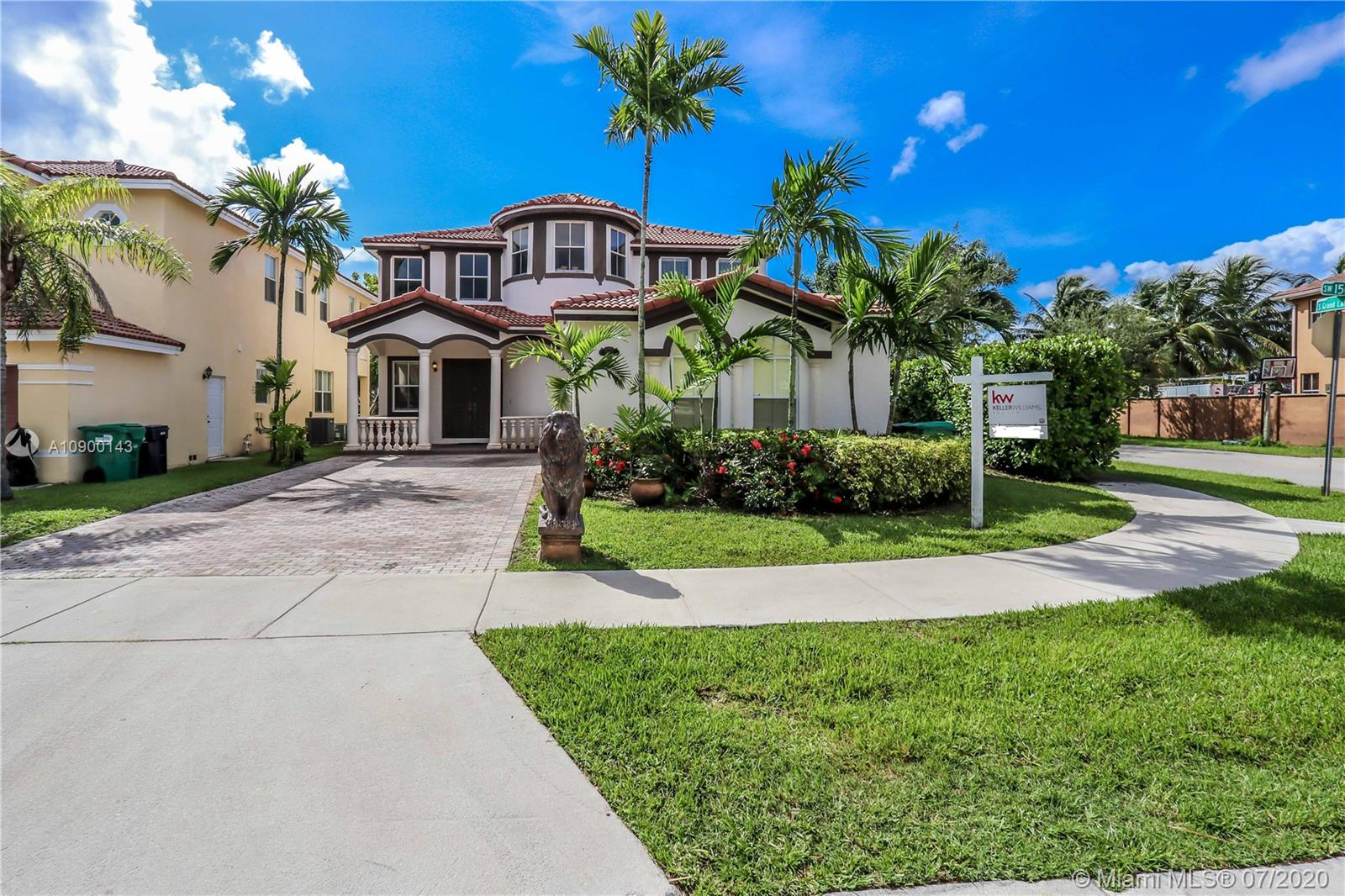 2061 SW 150th Ave  For Sale A10900143, FL