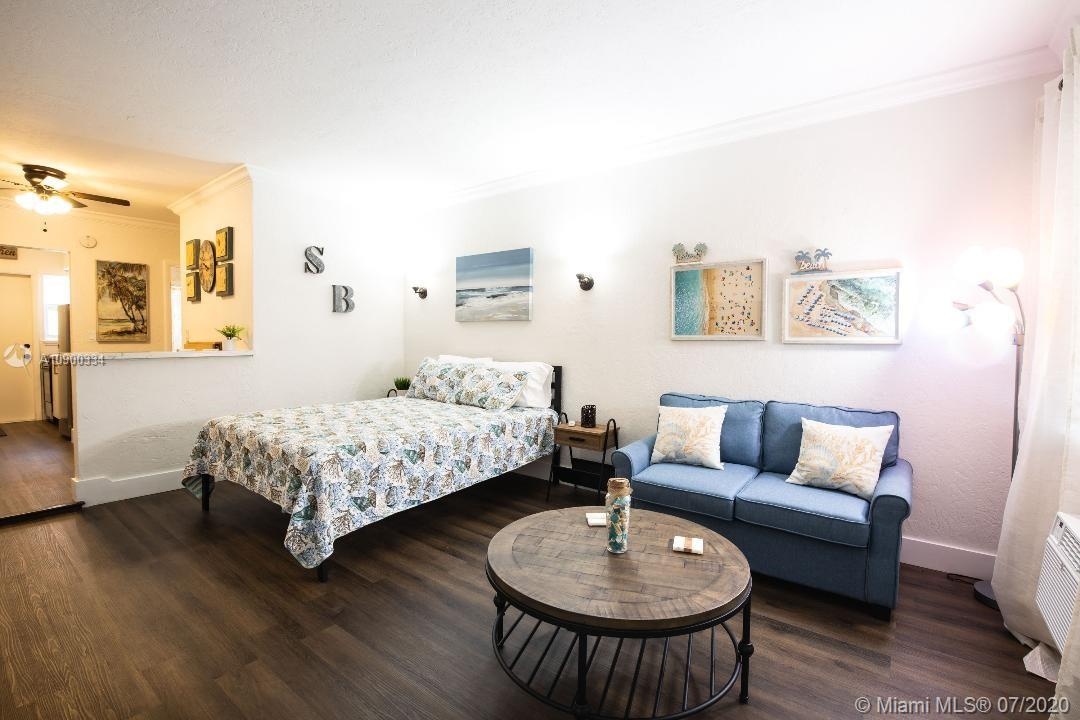 543  Meridian Ave #10 For Sale A10900334, FL