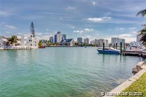 6905  Bay Dr #22 For Sale A10900474, FL