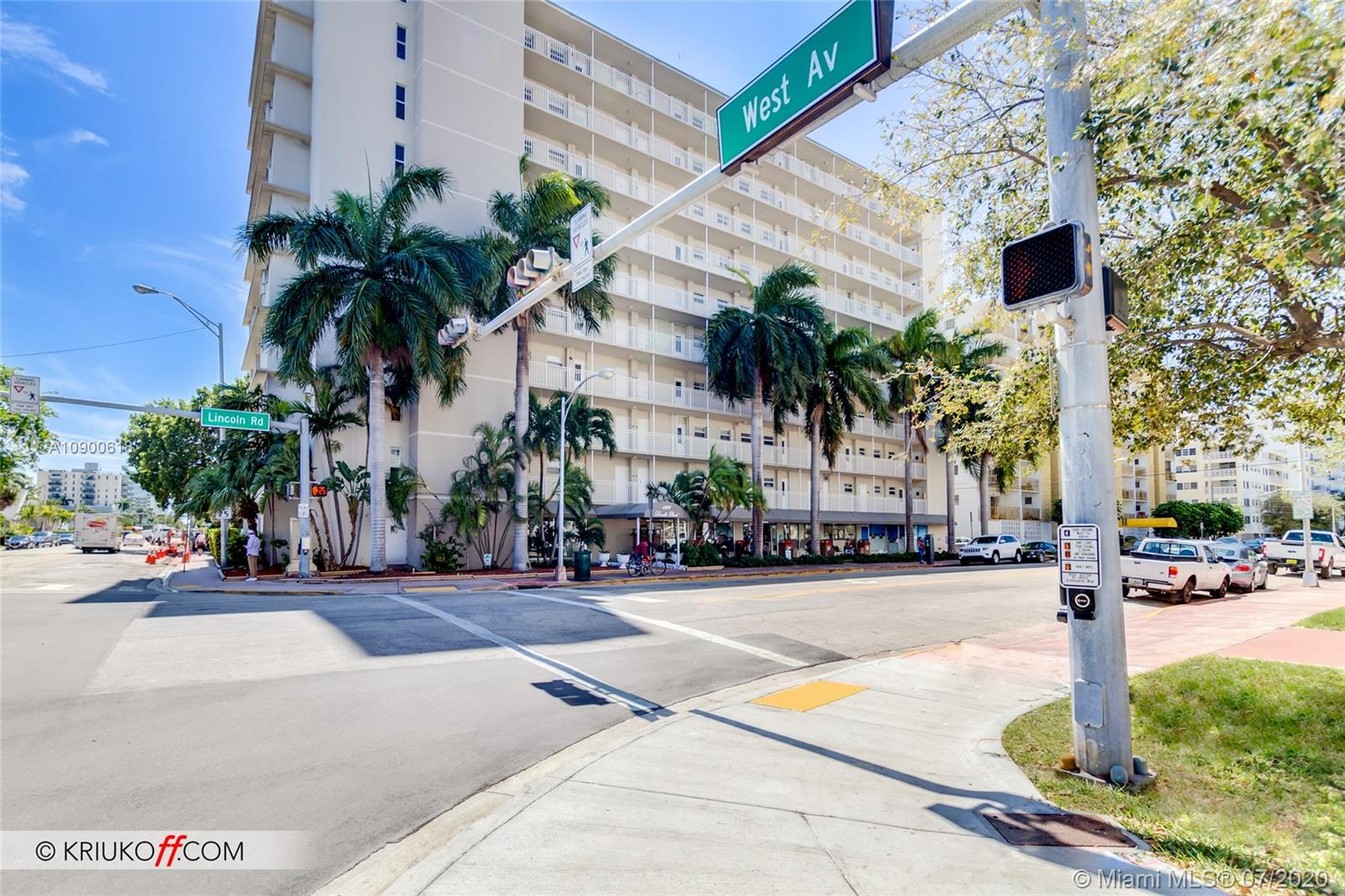 1300  Lincoln Rd #B402 For Sale A10900618, FL
