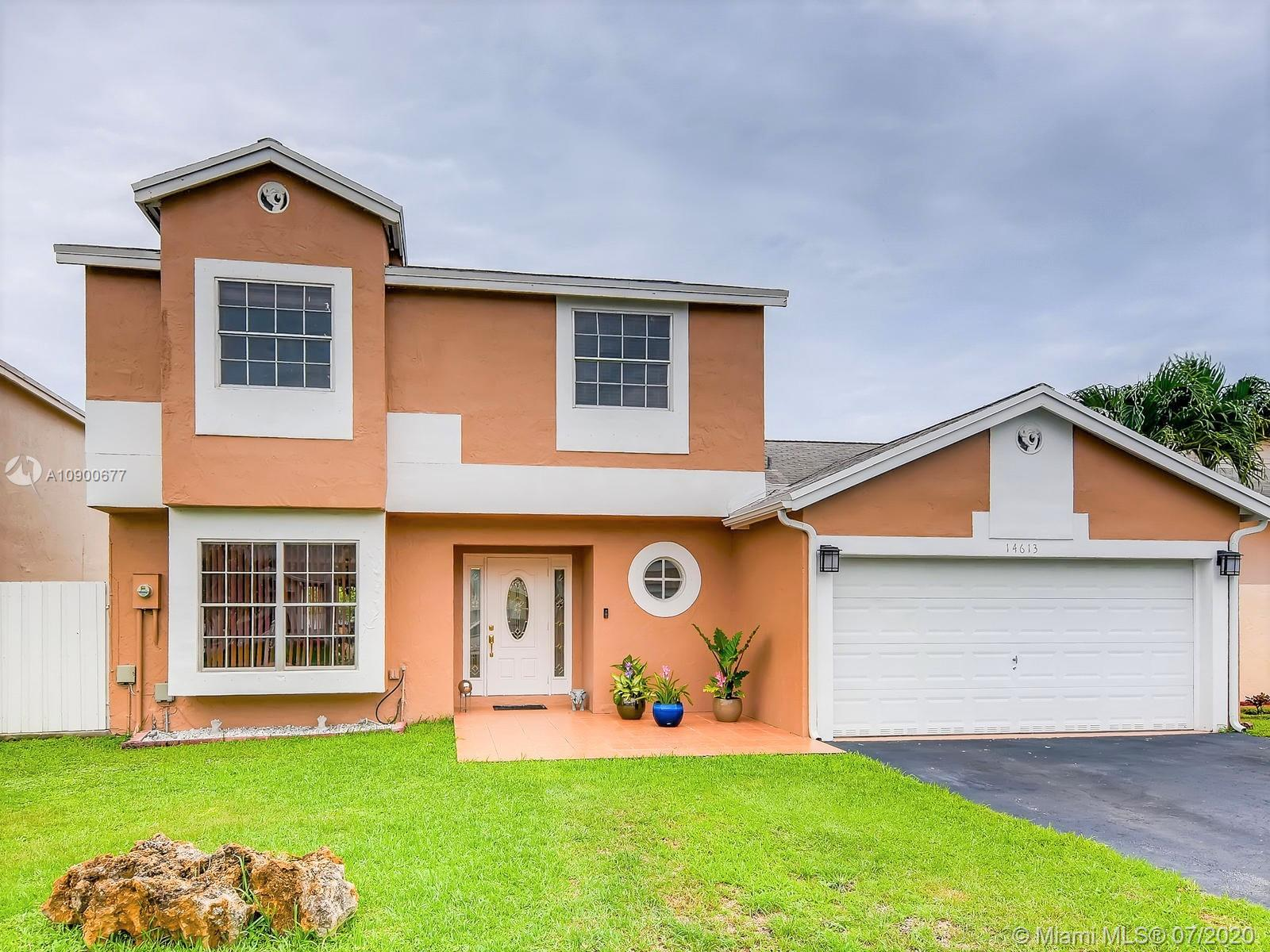 14613 SW 95th Ln  For Sale A10900677, FL