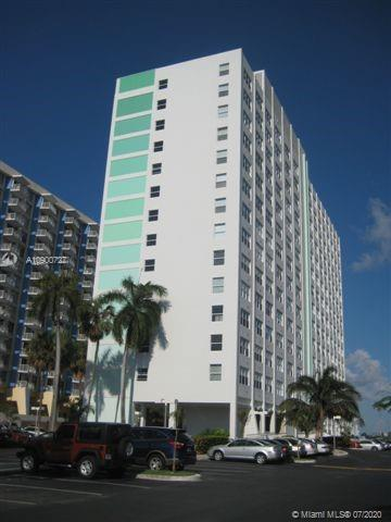 1250  West Ave #10R For Sale A10900727, FL