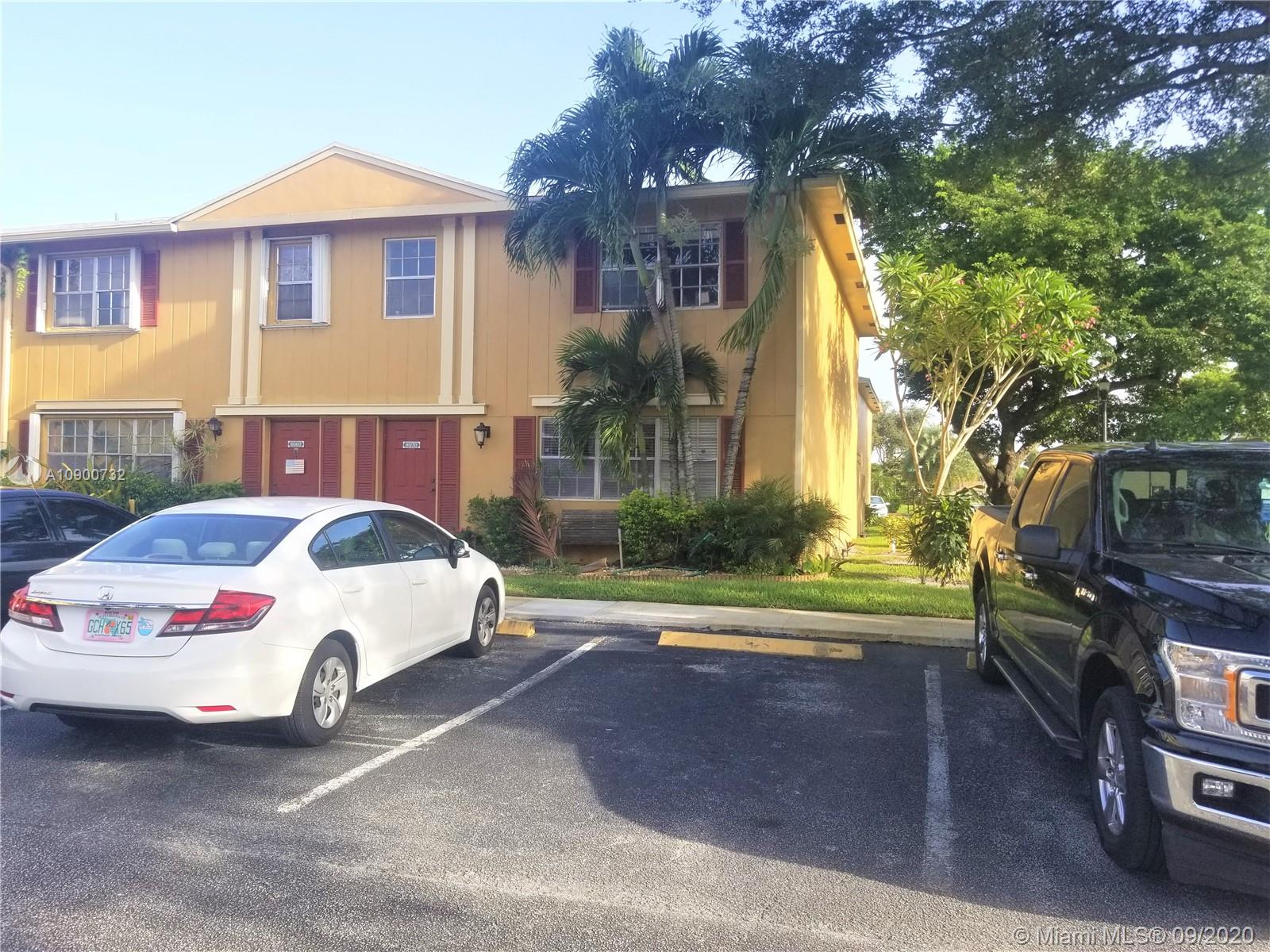 8070 SW 18th Ct #4-9 For Sale A10900732, FL