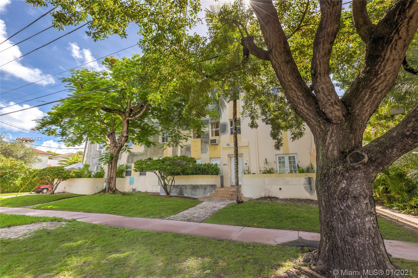 2463  Pine Tree Dr #7 For Sale A10900483, FL