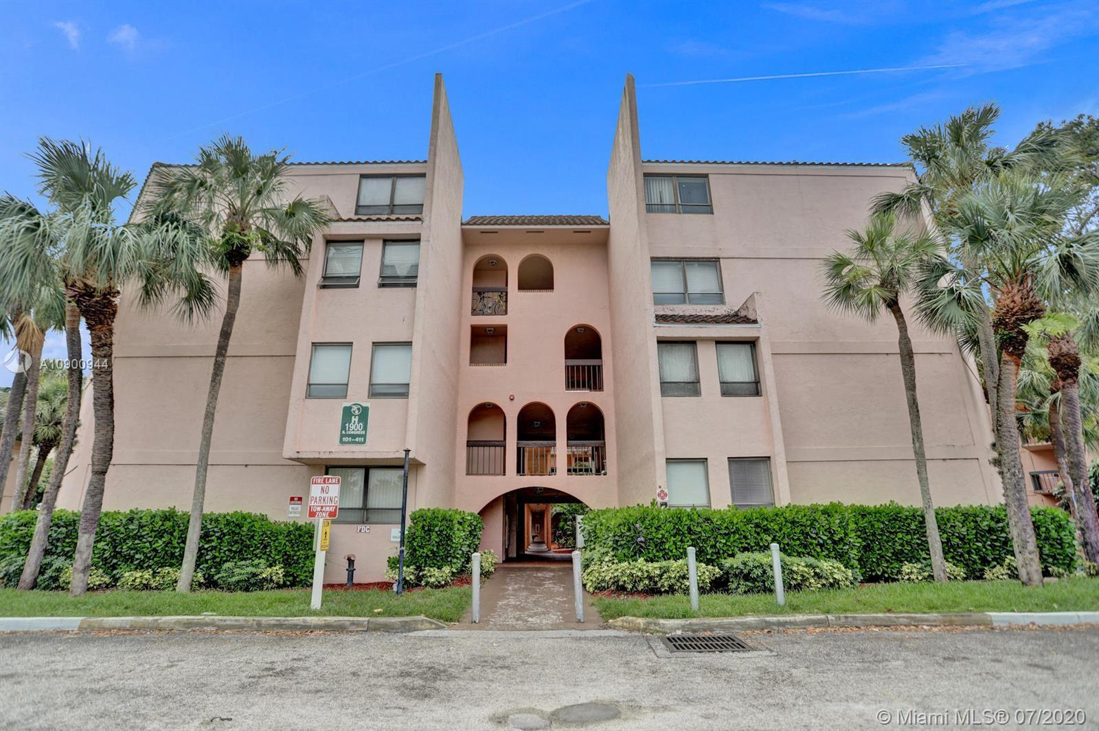 1900 N Congress Ave #411 For Sale A10900944, FL