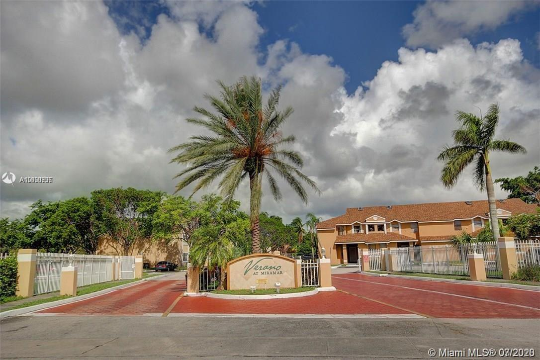 2169 SW 80th Ter #2169 For Sale A10900936, FL