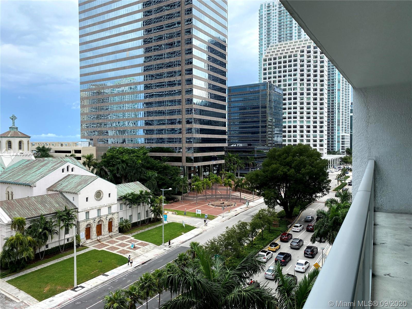 Welcome to vibrant Brickell Avenue. Located on the 7th floor, beautiful 1 bed + DEN / 1 bath / 1 parking on the same floor, offers pleasant views of Brickell Avenue. Facing the picturesque church & greens of the park across, a peak of the Miami River can also be enjoyed. Walking distance to Whole Foods, Brickell City Centre. Features rooftop pool & bar, a second larger pool with wine & entertainment rooms, concierge, valet & fitness center. Carpeted floors freshly steamed (Sorry, no pets)& professionally cleaned.