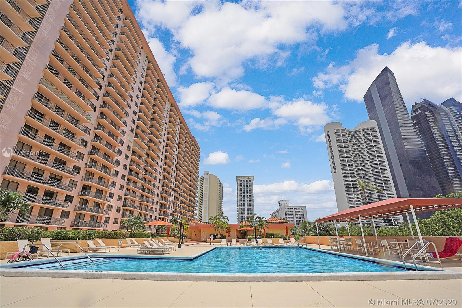 210  174th St #506 For Sale A10901059, FL