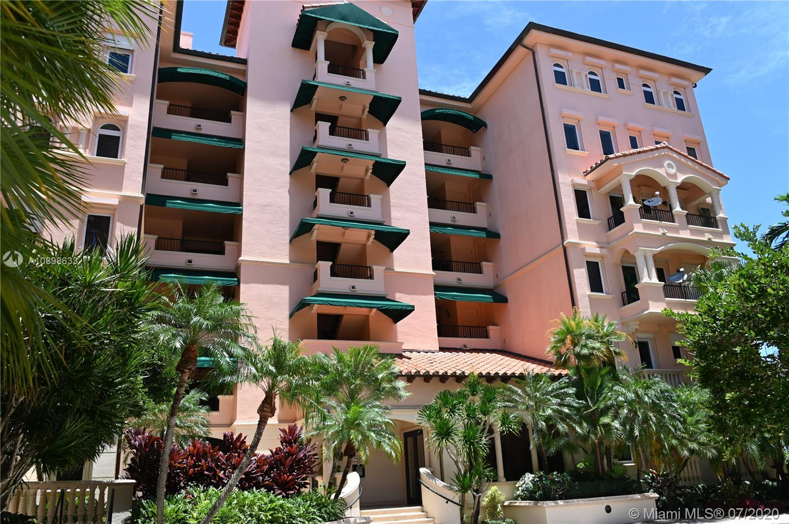 13643  Deering Bay Dr #136 For Sale A10898633, FL