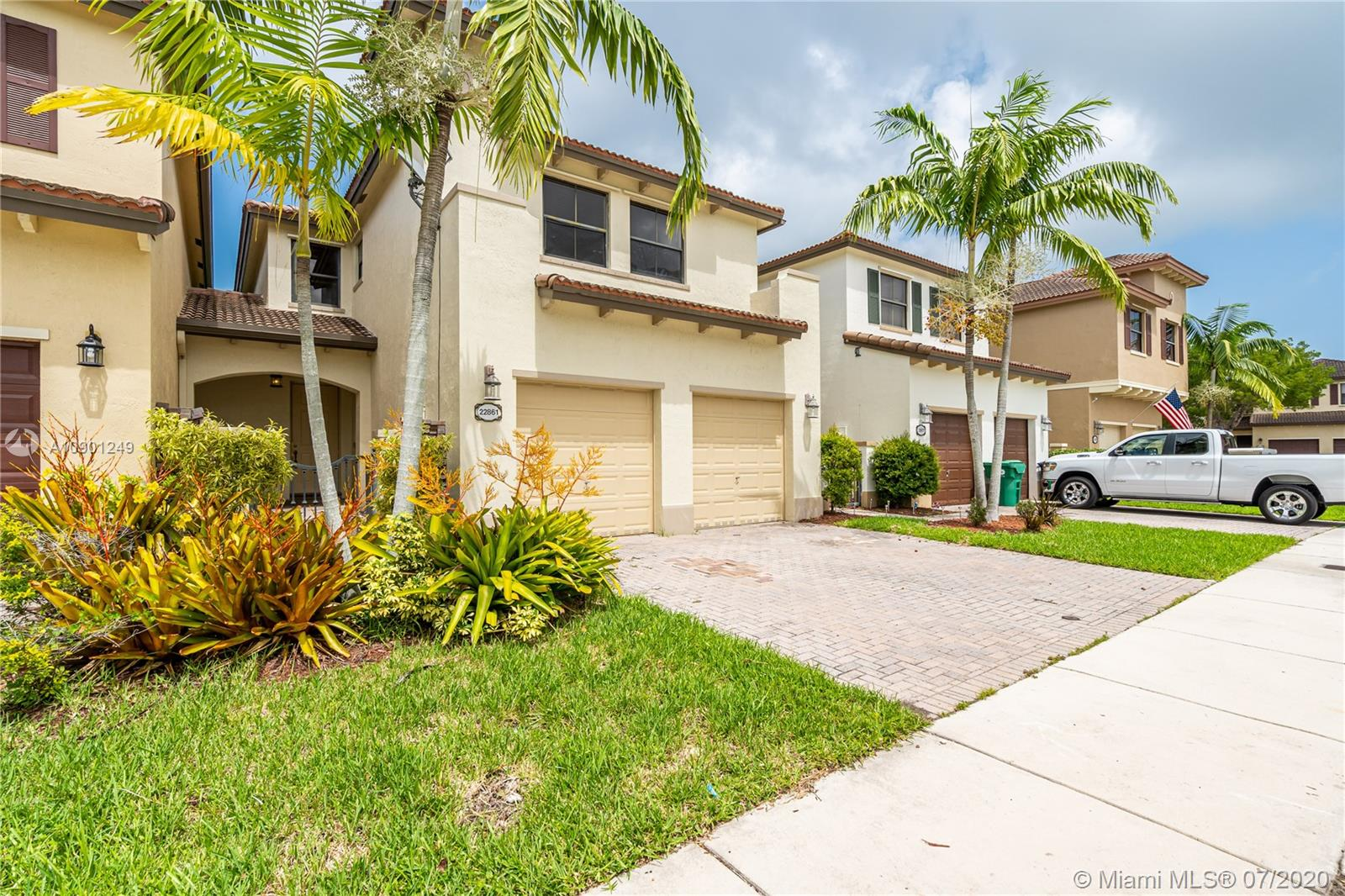 22861 SW 88th PL  For Sale A10901249, FL