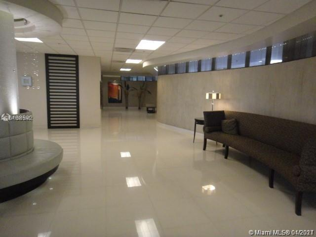 1621  Collins Ave #707 For Sale A10901043, FL