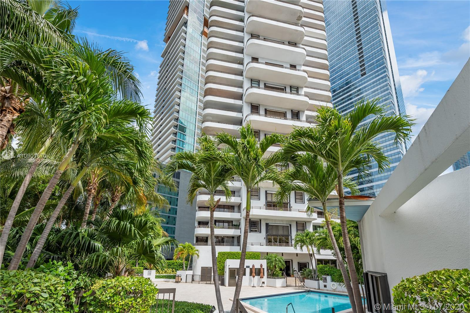 151 SE 15th Rd #801 For Sale A10901670, FL