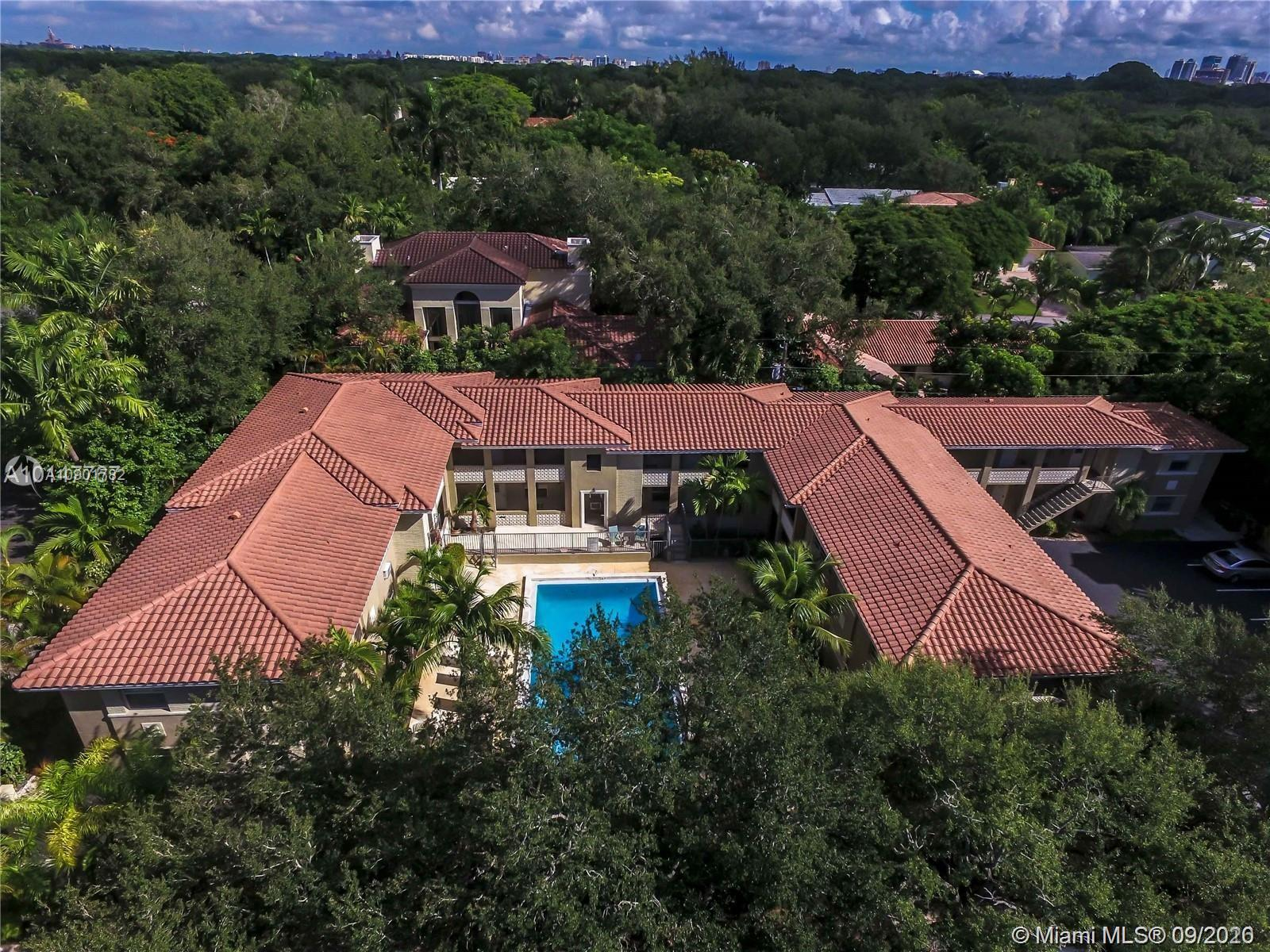 125  Edgewater Dr #8 For Sale A10901782, FL