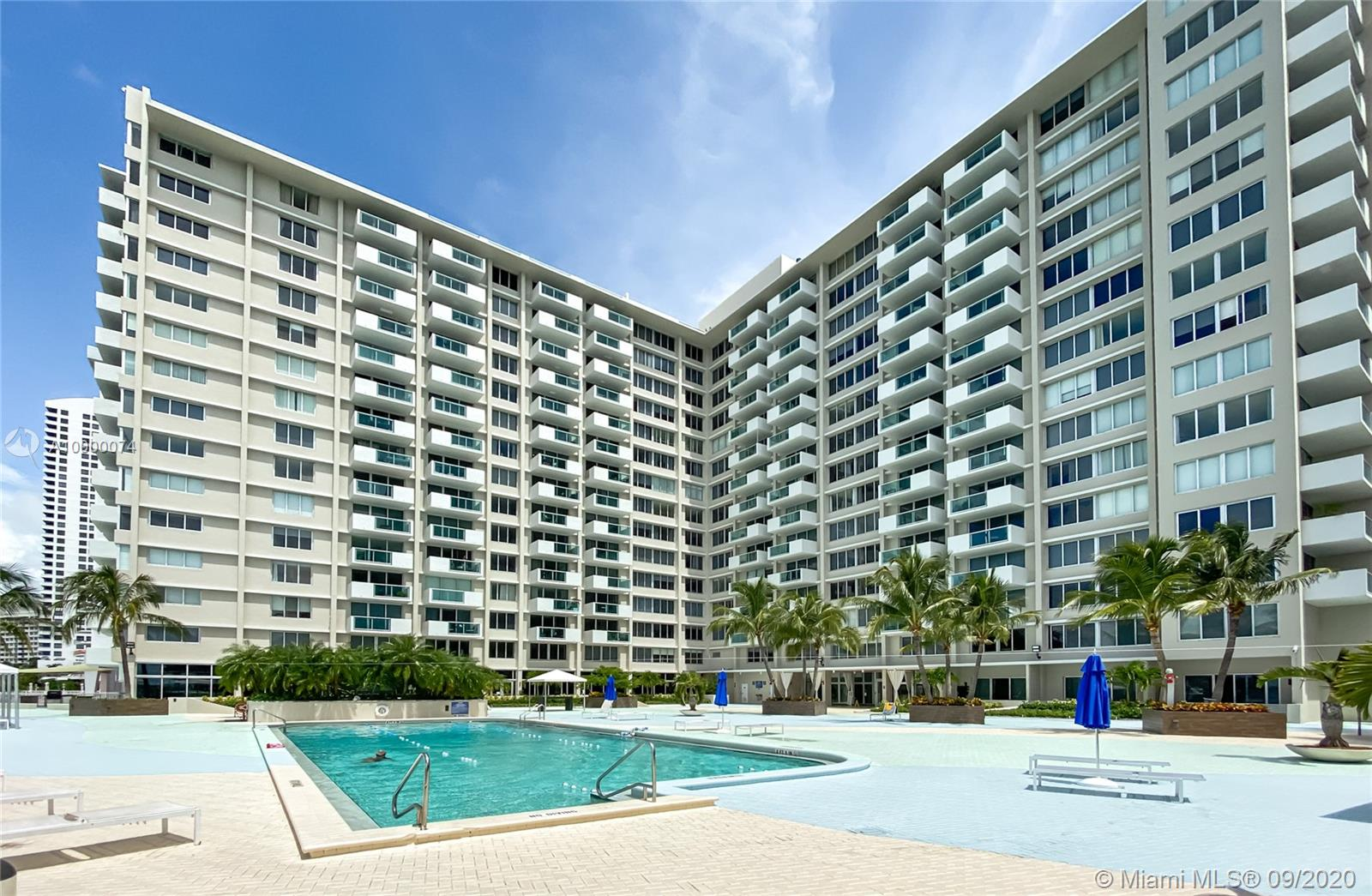 1200  West Ave #315 For Sale A10900074, FL