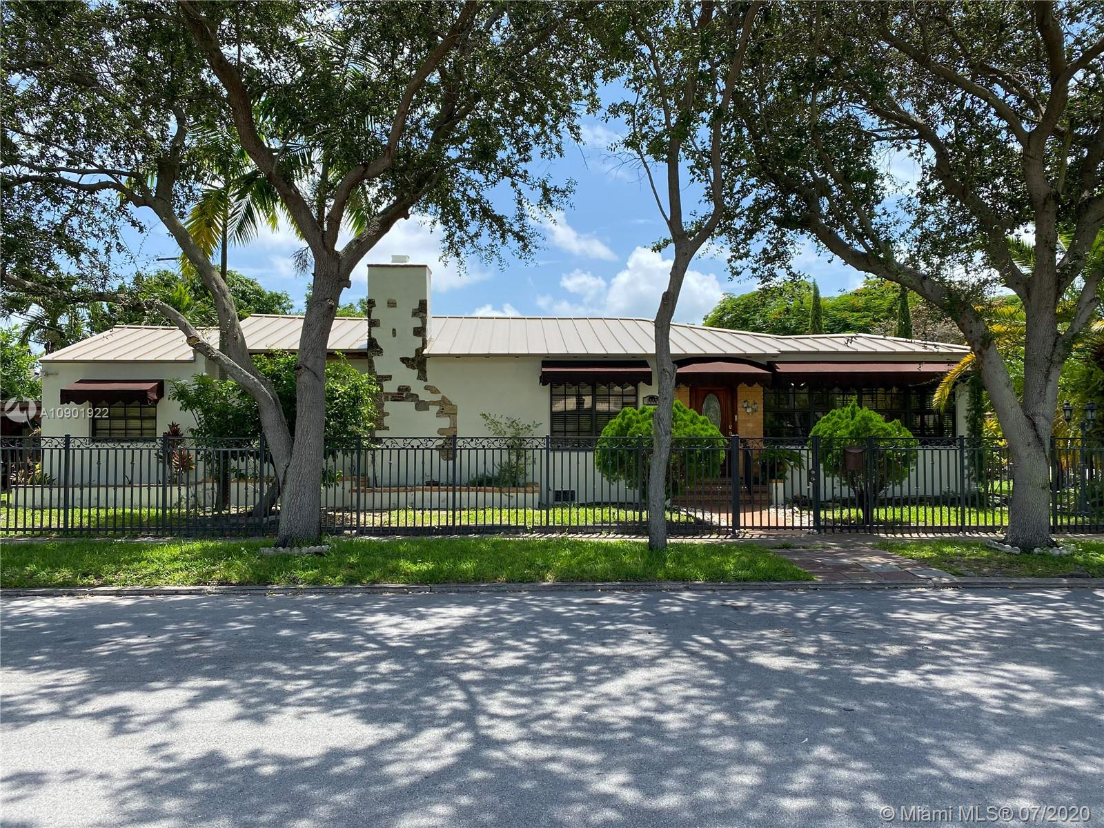 1449 SW 18th Ave  For Sale A10901922, FL