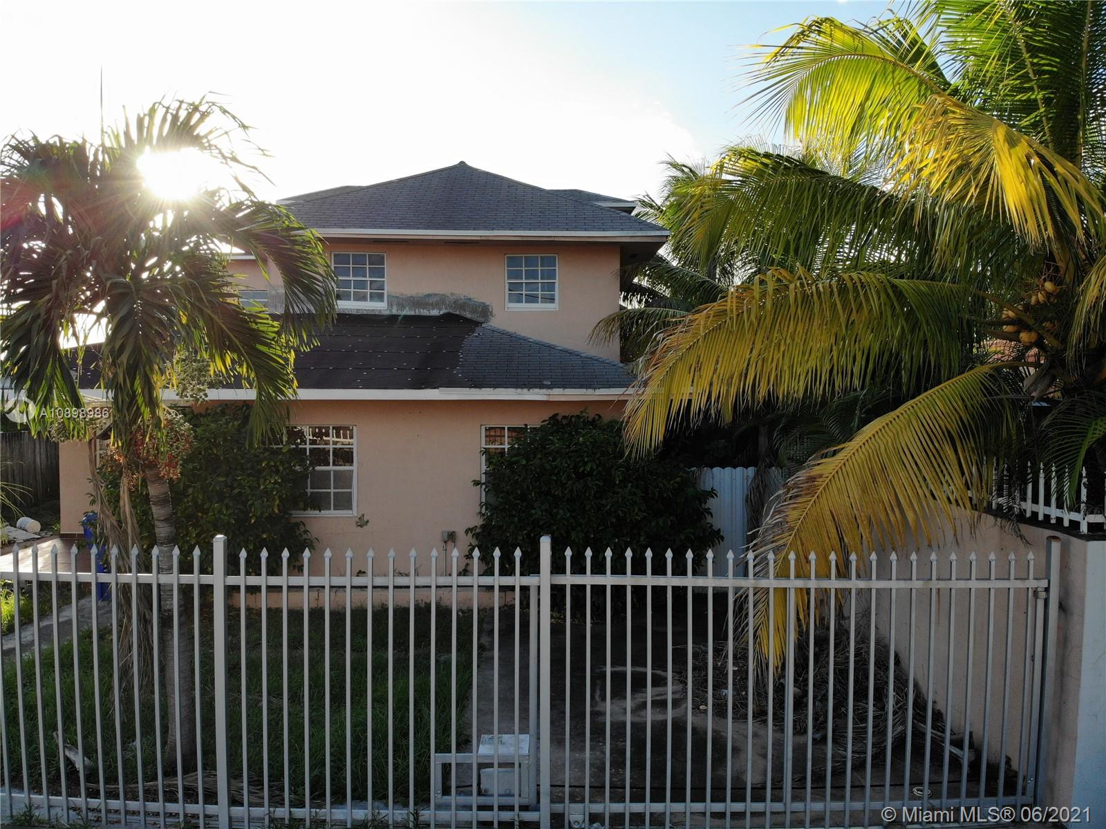 2730 SW 31st Ave  For Sale A10898986, FL