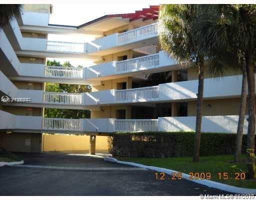 Beautiful 3/2 unit with amazing golf and lakes view, ALL AGES WELCOME  Associatio REQUIRED  A  credit score of 700 AND A INCOME OF $50000 to be approved by the HOA even if is a cash buyer . HOA cover , Undercover parking, water, sewer, garbage, basic cable, plus a membership for the club across from the security entrance with full amenities, TENNIS, POOL, GYMS, SAUNA AND A LOT MORE, laundry facilities in each floor, also and existing assessment for $9K will be pay by the seller,brand new A/C