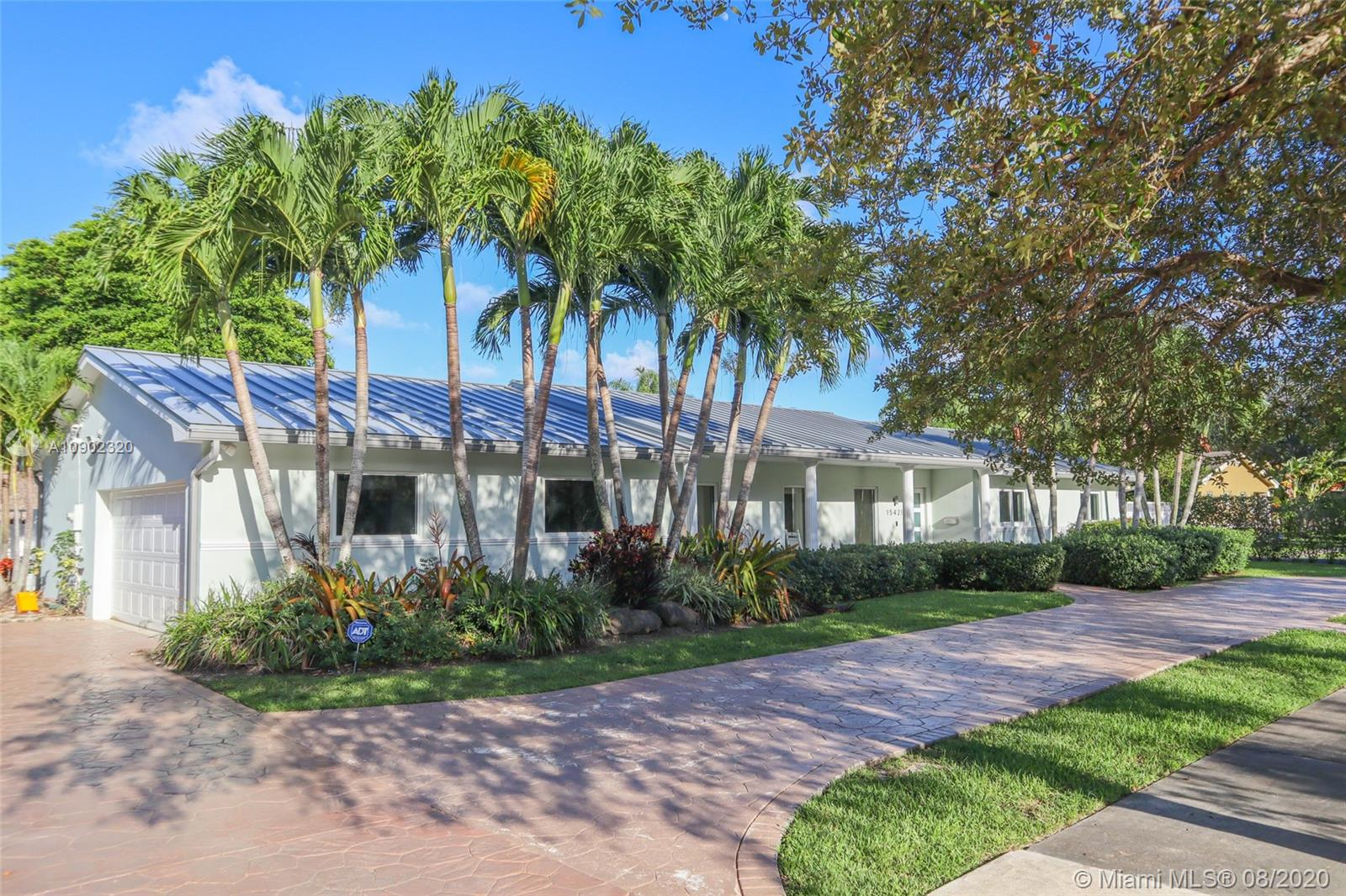 15421 SW 82nd Ave  For Sale A10902320, FL