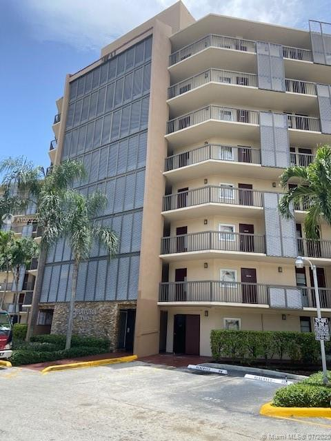 3101 N Country Club Dr #709 For Sale A10902297, FL