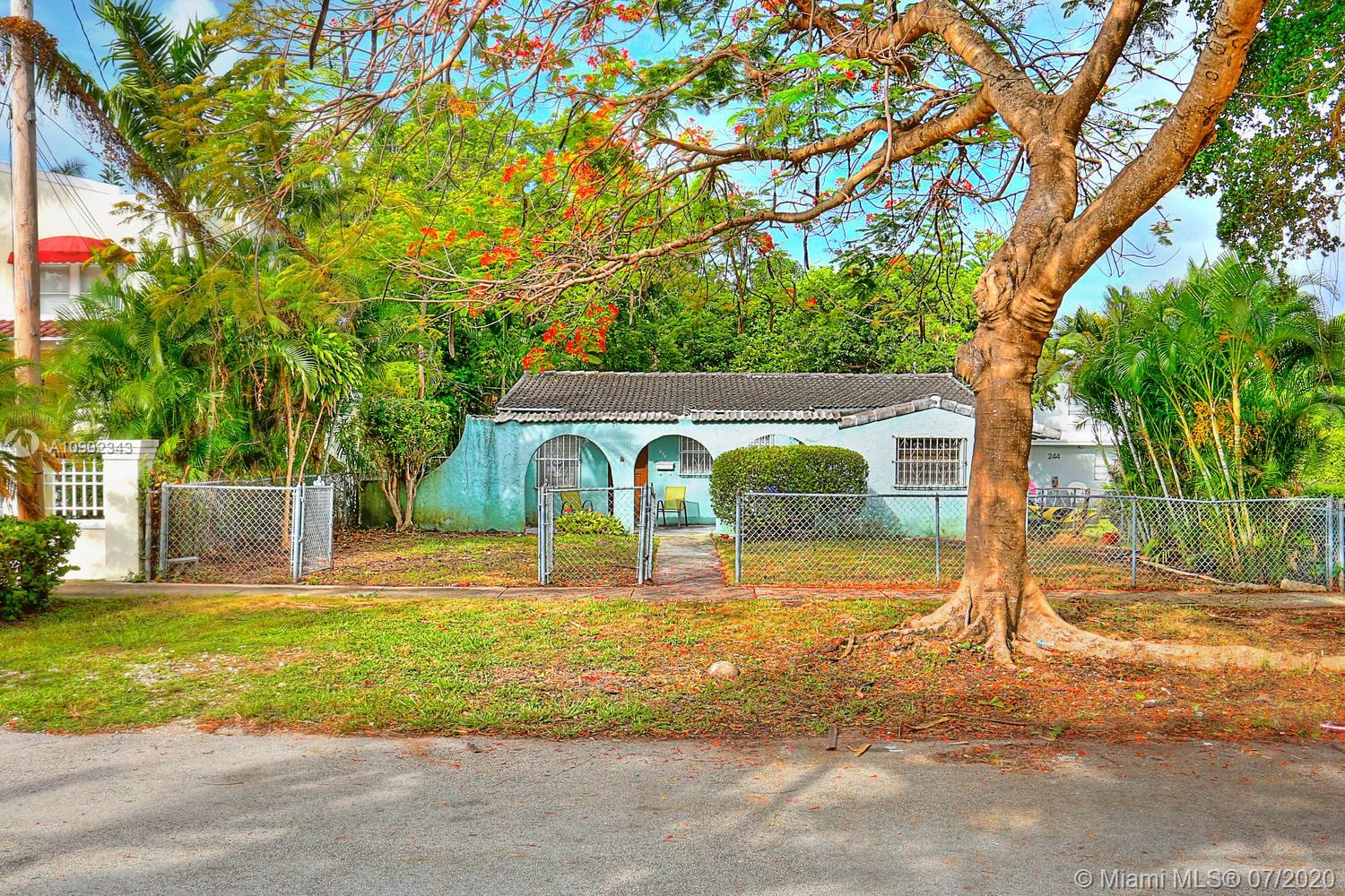 234 SW 22nd Rd  For Sale A10902343, FL
