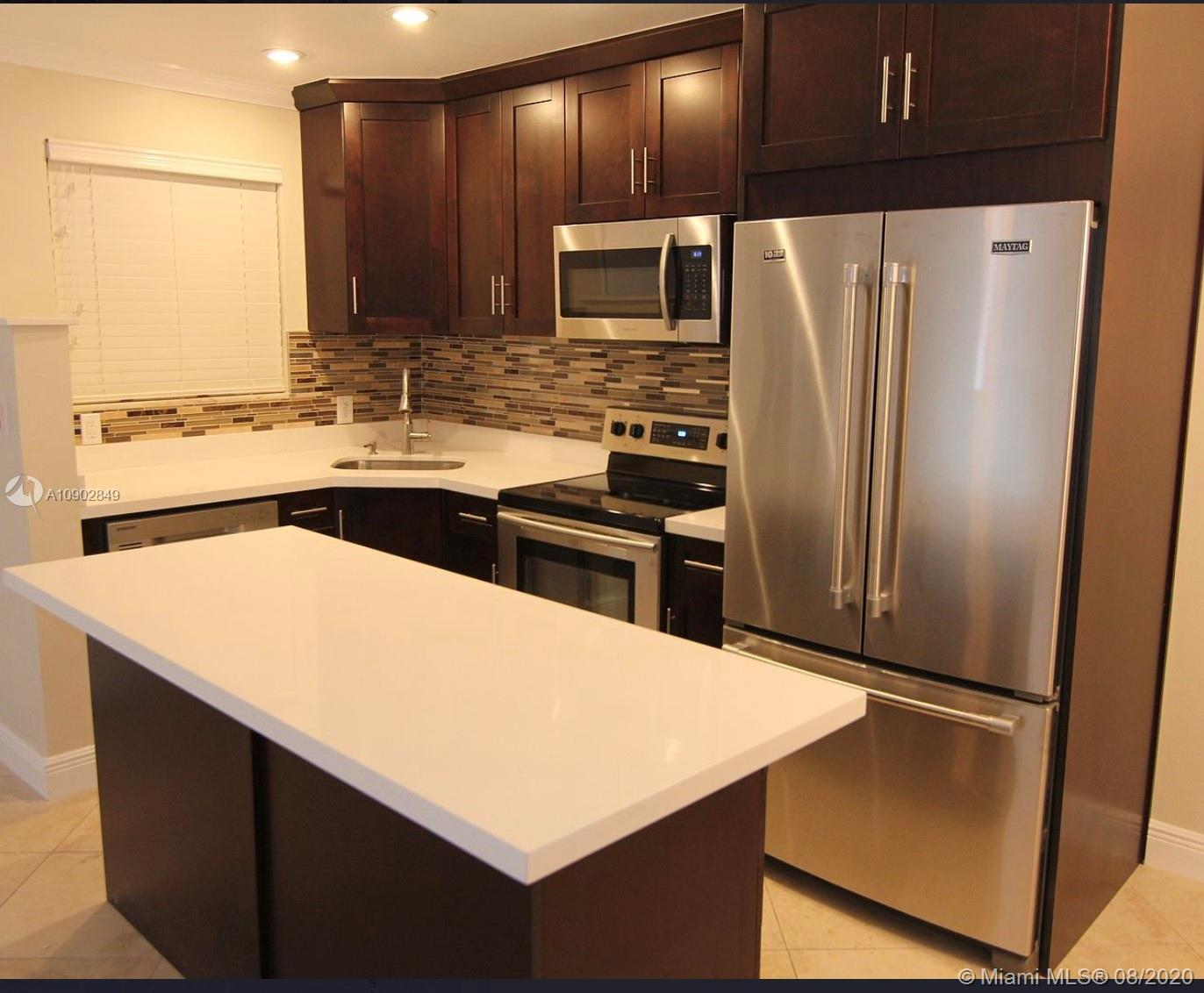 2930  Day Ave #N303 For Sale A10902849, FL