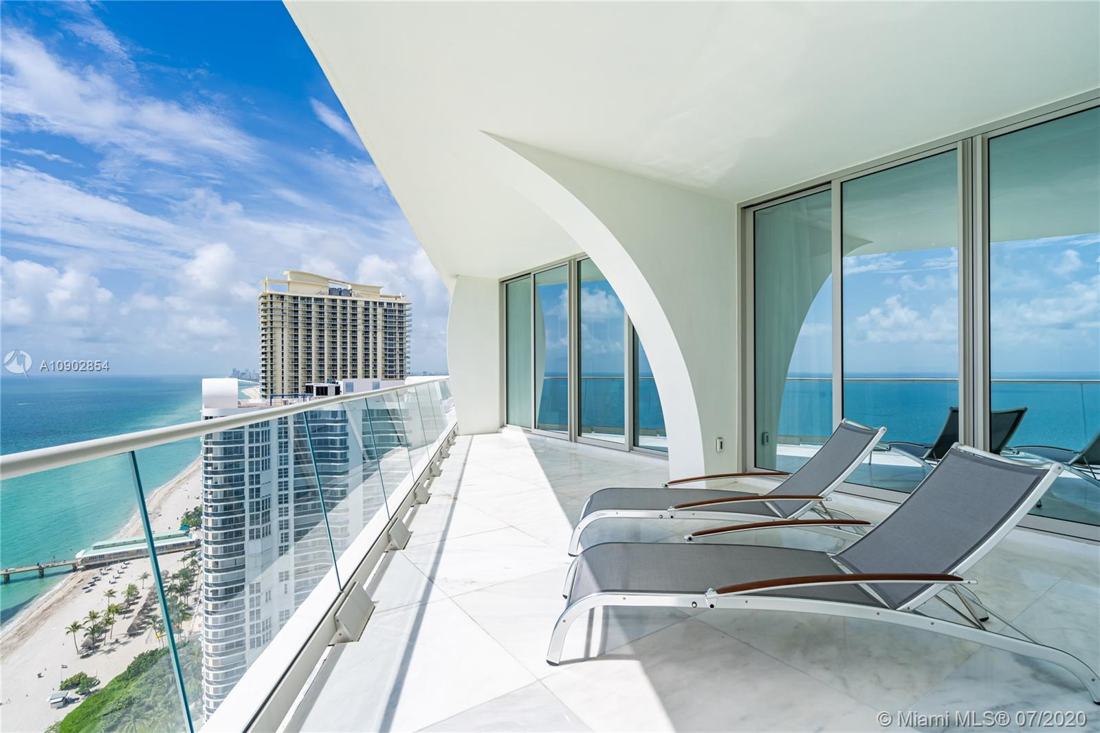 16901  Collins Ave #2703 For Sale A10902854, FL