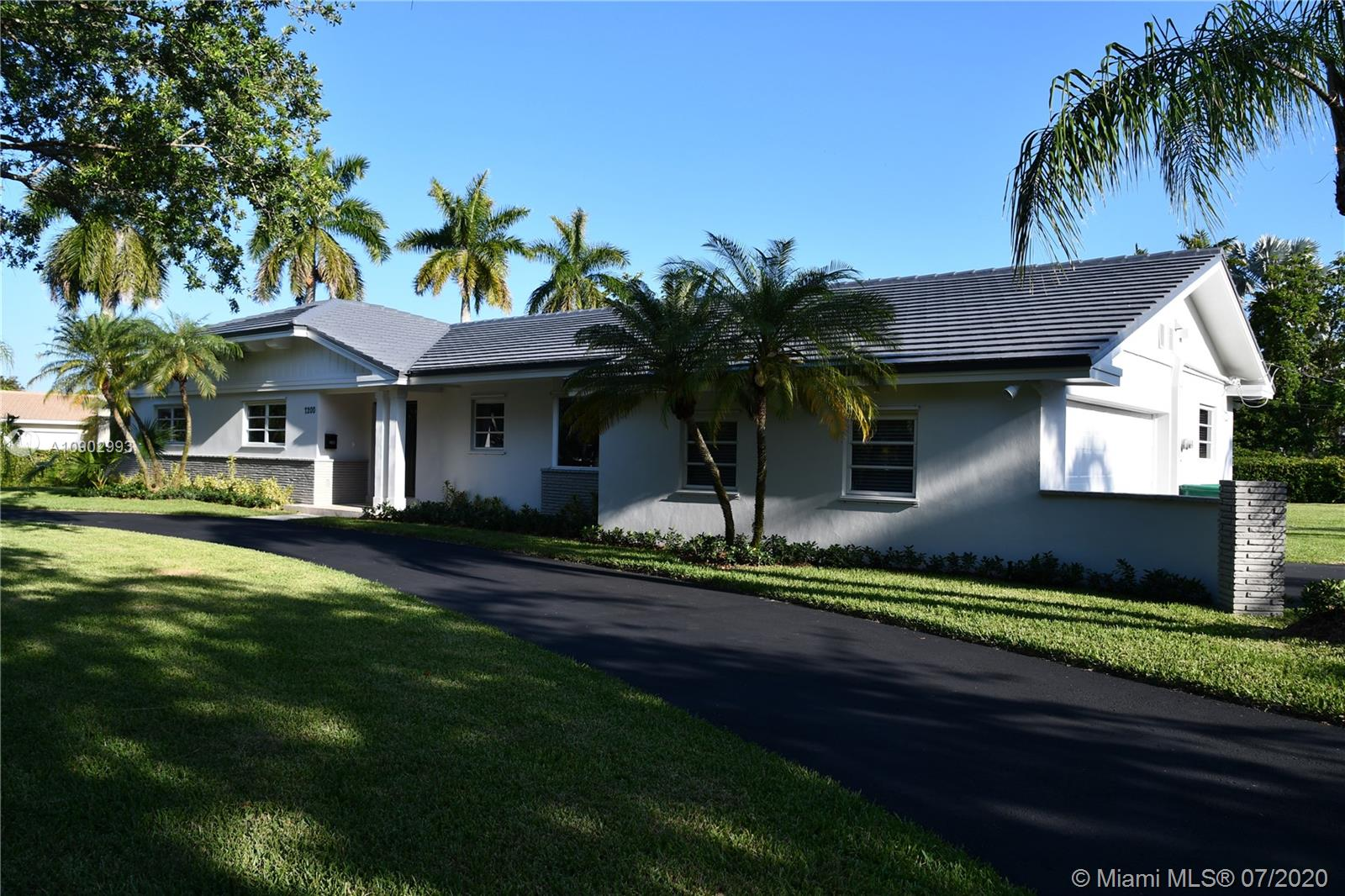 7200 SW 132nd St  For Sale A10902993, FL