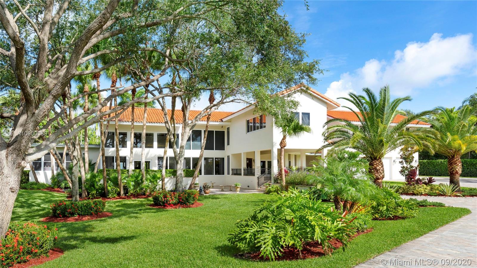 12598 SW 60th Ct  For Sale A10900383, FL