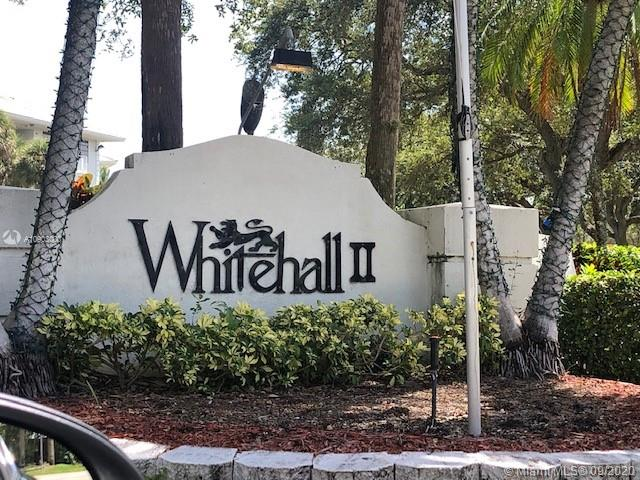1711  Whitehall Dr #104 For Sale A10903000, FL